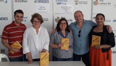 """Alunos de Administração do IPA lançam livro """"Práticas Inclusivas"""""""