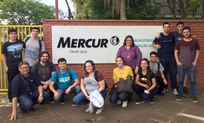 Alunos de Administração fazem visita ao laboratório de inovação social da Mercur
