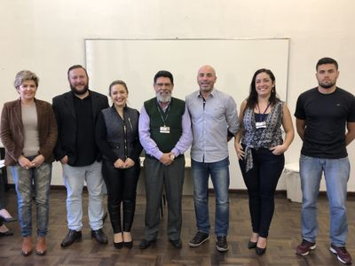 Em reunião extraordinária, novos membros do CONSUNI tomam posse