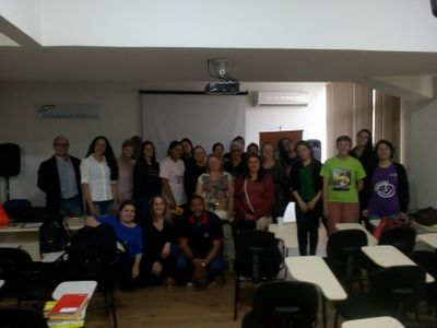 Alunos de Serviço Social participam de oficinas em parceria com o Sesc-RS